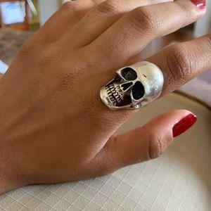 Anatomical skull ring
